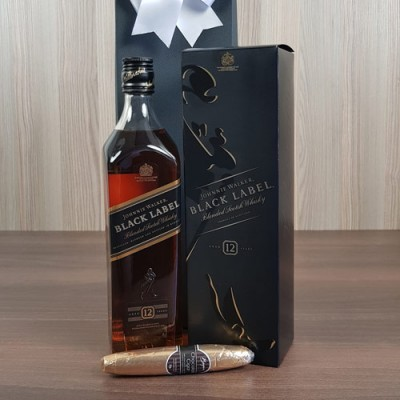 Johnnie Walker Black Cigar Box