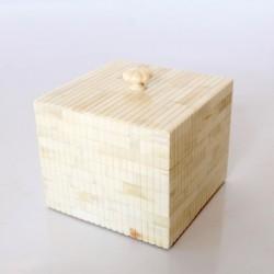 Square Bone Ridged Box With Knob