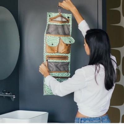 Roll Up Vanity | Scale Away Emerald